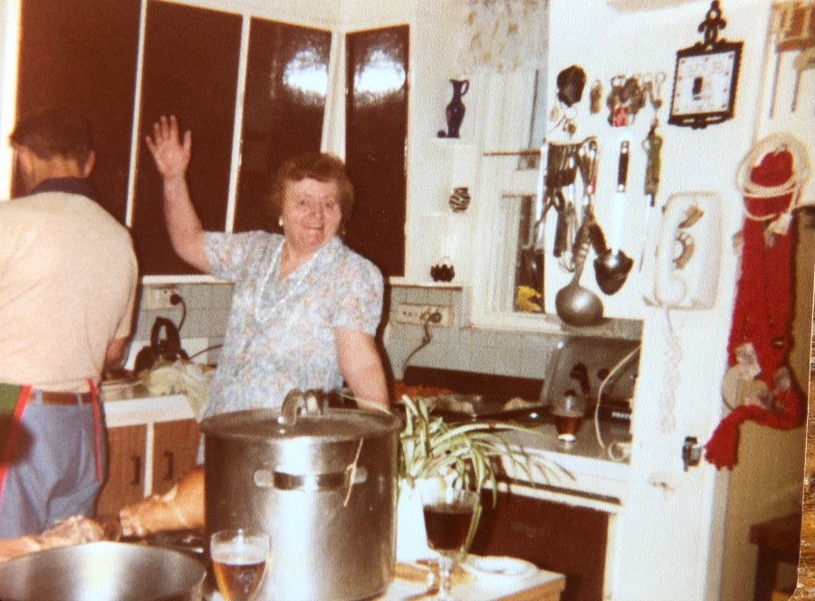 Rex and Barb in the Kitchen at 270 Maroubra Rd